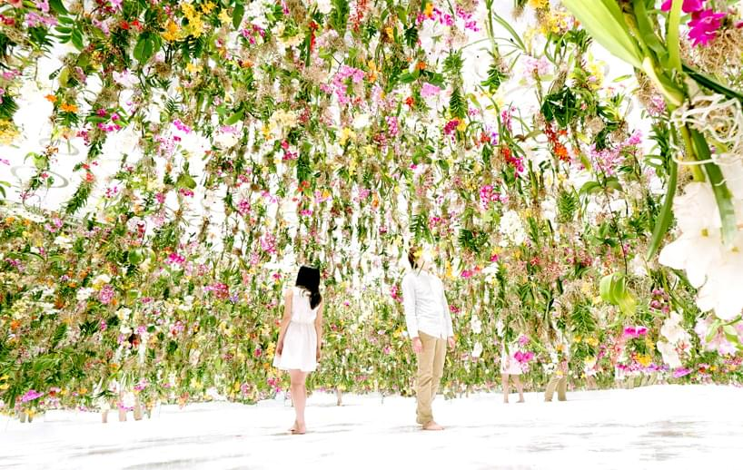 Interactive Floating Flower Garden