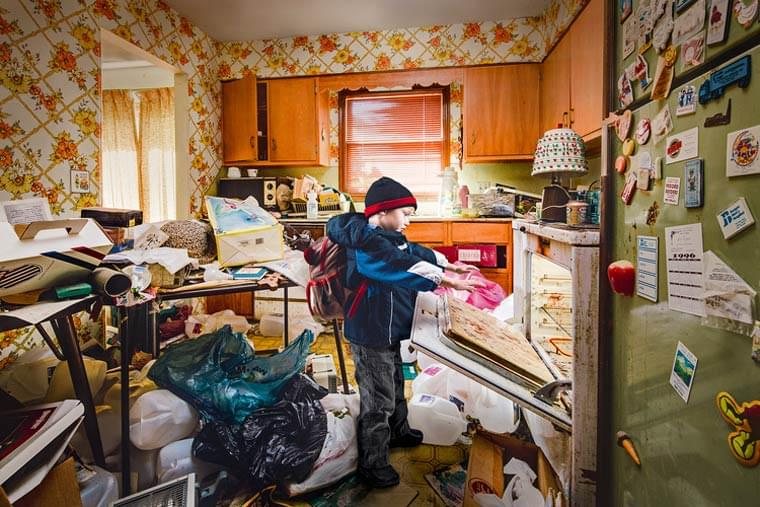Behind The Door – Documenting the daily life of the children of hoarders