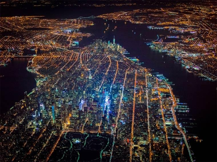 Night Over New York – Beautiful pictures of New York seen from the sky