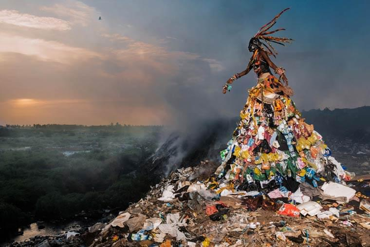 The Prophecy – A photographer depicts the most polluted areas of Senegal