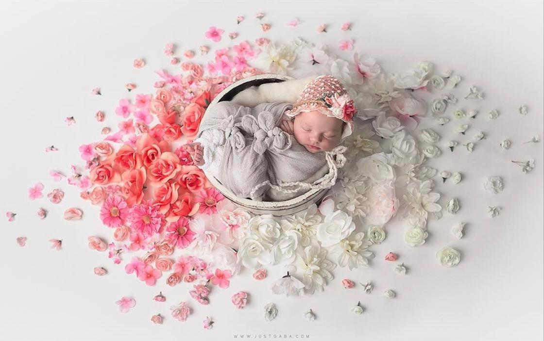 Babies and Mandalas – The adorable photographs of Gaba Svarbu